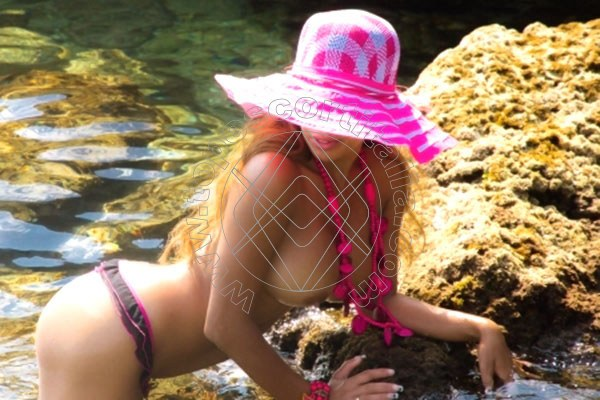 Foto 12 di Monica Sensual escort Bari