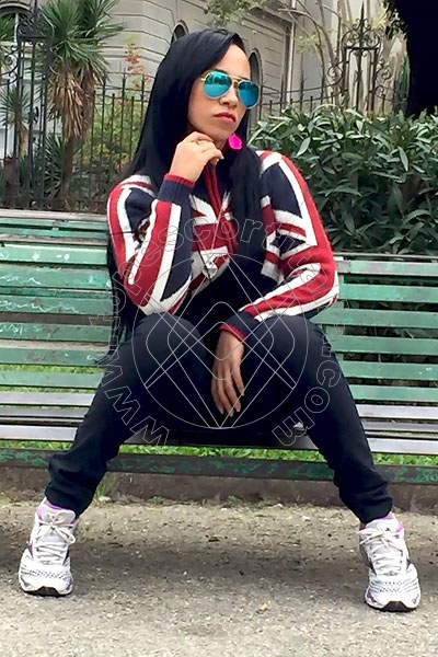 Selena Sexy GIARDINI-NAXOS Torno presto