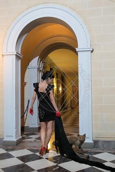 Foto 690 di Helene Castelli escort Ancona