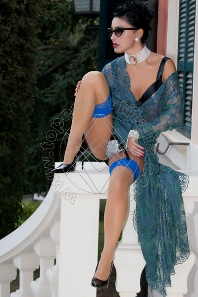 Foto 1195 di Helene Castelli escort Ancona