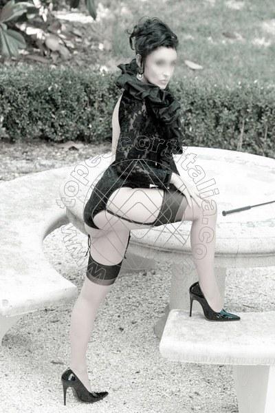 Foto 1238 di Helene Castelli escort Ancona
