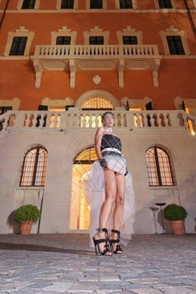 Foto 1445 di Helene Castelli escort Ancona