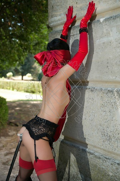 Foto 485 di Helene Castelli escort Ancona