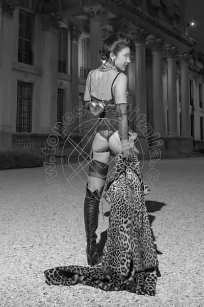 Foto 583 di Helene Castelli escort Ancona