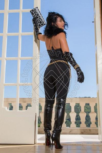 Foto 366 di Helene Castelli escort Ancona