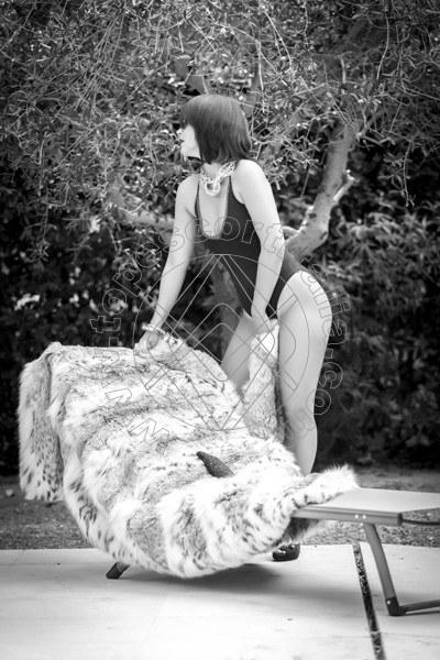 Foto 185 di Helene Castelli escort Ancona