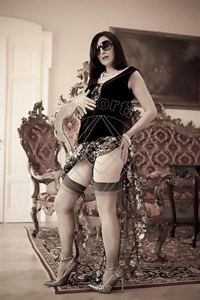 Foto 2213 di Helene Castelli escort Ancona