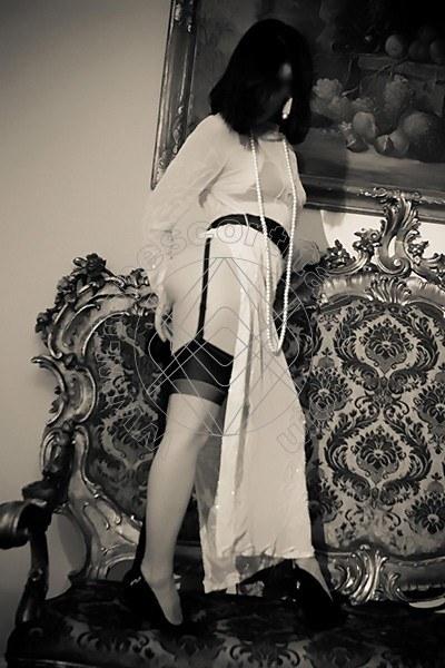 Foto 2035 di Helene Castelli escort Ancona