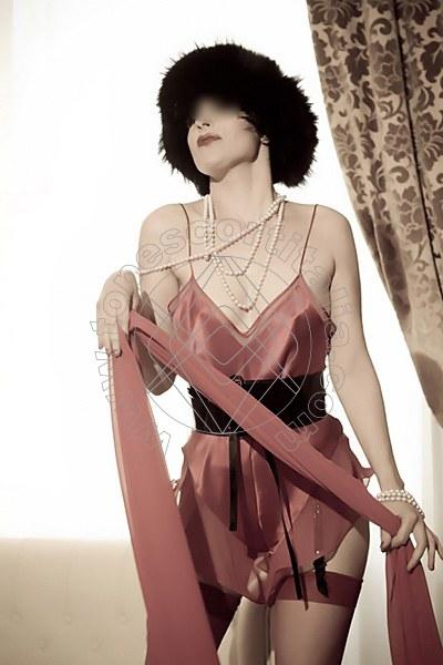 Foto 1930 di Helene Castelli escort Ancona