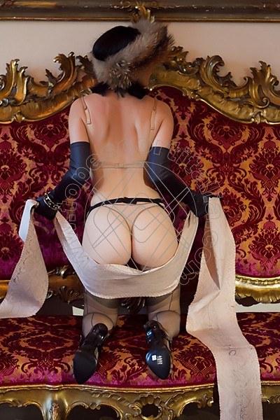 Foto 1888 di Helene Castelli escort Ancona
