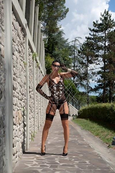 Foto 1582 di Helene Castelli escort Ancona