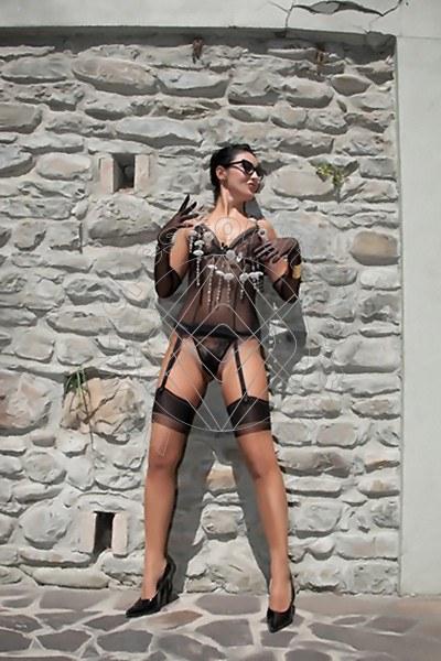 Foto 1600 di Helene Castelli escort Ancona