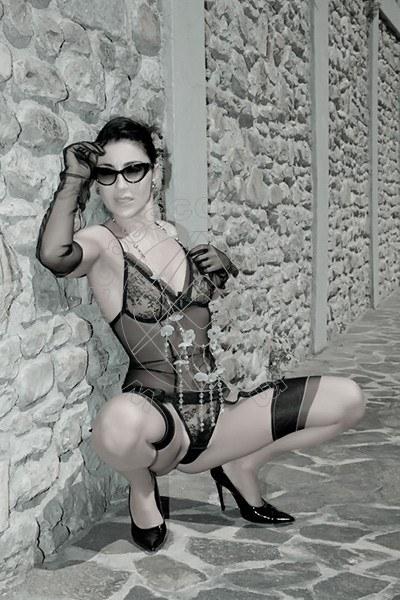 Foto 1604 di Helene Castelli escort Ancona