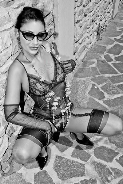 Foto 1606 di Helene Castelli escort Ancona