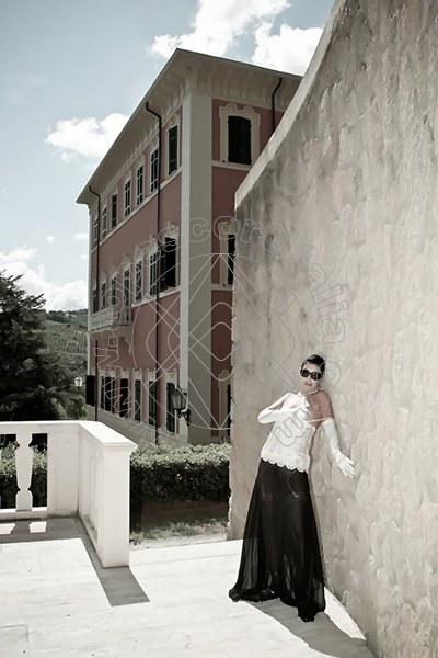 Foto 1576 di Helene Castelli escort Ancona