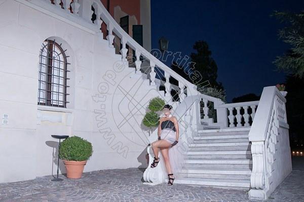 Foto 1434 di Helene Castelli escort Ancona