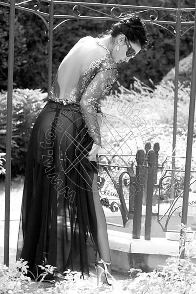 Foto 1211 di Helene Castelli escort Ancona