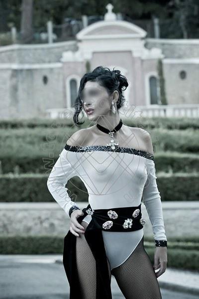 Foto 1273 di Helene Castelli escort Ancona