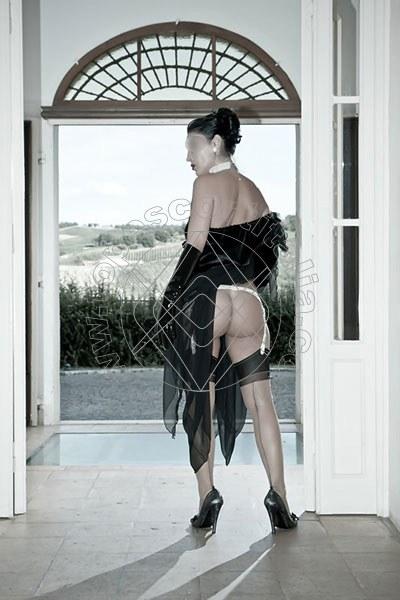 Foto 1314 di Helene Castelli escort Ancona