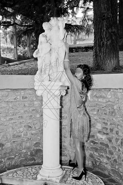 Foto 1335 di Helene Castelli escort Ancona