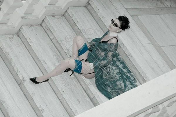 Foto 1180 di Helene Castelli escort Ancona