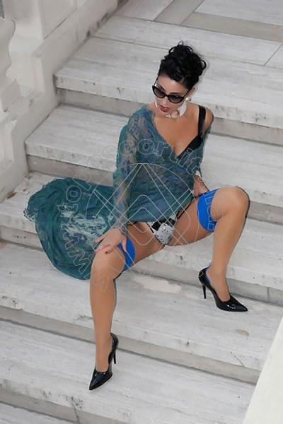 Foto 1185 di Helene Castelli escort Ancona