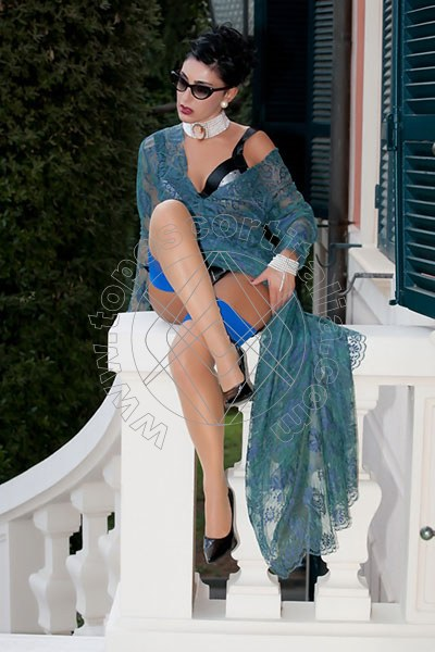 Foto 1193 di Helene Castelli escort Ancona