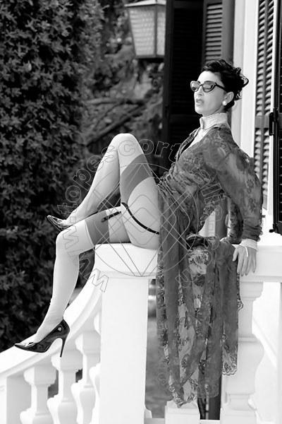 Foto 1199 di Helene Castelli escort Ancona