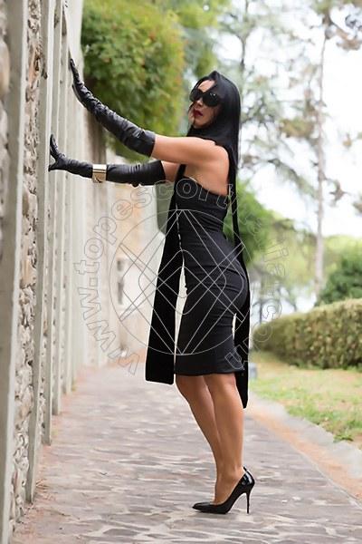Foto 421 di Helene Castelli escort Ancona