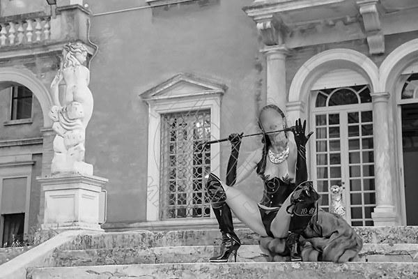 Foto 563 di Helene Castelli escort Ancona