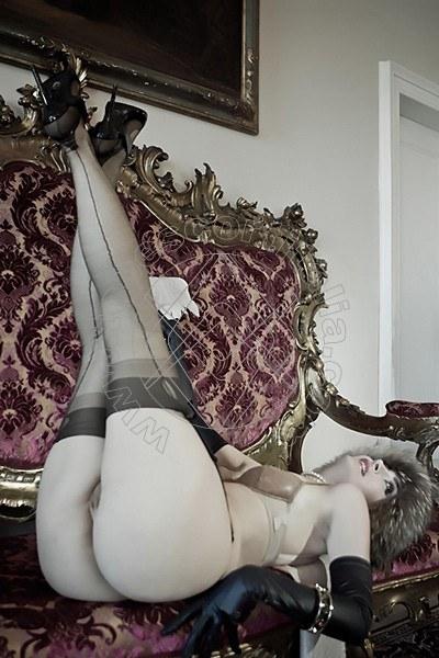 Foto hot 42 di Helene Castelli escort Ancona