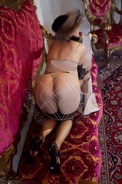 Foto hot 44 di Helene Castelli escort Ancona