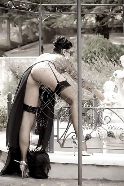 Foto hot 15 di Helene Castelli escort Ancona